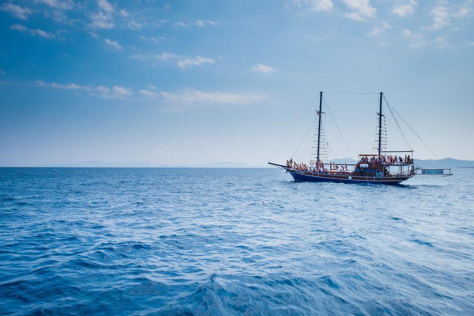Kos Island: Kalymnos and Pserimos Full-Day Lazy Sail